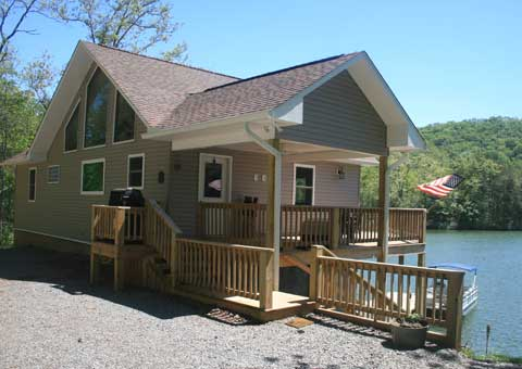 828 479 8558 Or 828 735 2049 | Vacation Cabin Rental On Lake Santeetlah  Near Robbinsville North Carolina.
